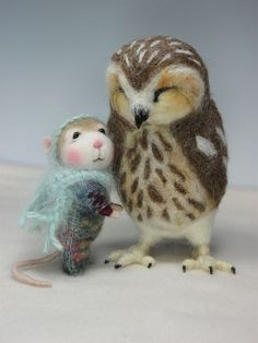 "Needle Felted 4"" Sparkle a Mouse By Barby Anderson / Owl by Helen Priem by feltedmice, via Flickr"
