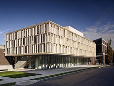 Galeria de Pavilhão de Arte McGee / ikon.5 architects - 4