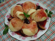 Knedle z serem ze śliwkami z sosem śliwkowym Fruit, Food, Essen, Meals, Yemek, Eten