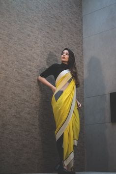 Shantanu Nikhil + What I Wore - HeadTilt Stylish Dresses For Girls, Cute Dresses For Party, Sari Design, Sari Blouse Designs, Saree Wearing Styles, Saree Styles, Dress Indian Style, Indian Dresses, Indian Designer Outfits