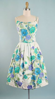 c92c5463fe9a Vintage 50s Novelty Print Dress / 1950s Carol Craig Cotton Sundress Purple  Teal Blue PARROT BIRD Full Skirt Picnic Garden Party Pinup Small