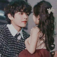 he as a dad Foto Bts, Bts Photo, V Taehyung, Bts Bangtan Boy, V Bts Cute, I Love Bts, V Bts Wallpaper, Les Bts, Bts Aesthetic Pictures