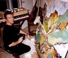 "348 Likes, 2 Comments - ★David Robert Jones★ (@the_girl_with_the_mousy_hair) on Instagram: ""⚡️✨Rare photo of David painting Sorry for the quality✨⚡️ #davidbowie #davidrobertjones…"""