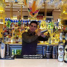 Suena muy pero que muy bien este cóctel del bartender Luis Alberto Rodríguez… y va a saber mejor aún .    #CopasConEstilo #Bartender #Cocktail #Coctelería #Cóctel #Cócteles #Madrid #CóctelesEnMadrid Madrid, Times Square, Style