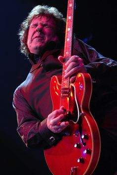 (Robert William) Gary Moore (1952-2011) -Born in Belfast, N. Ireland, died in his sleep Feb.6, 2011--An under-rated multi-genre guitarist, who played in several notable rock bands and had a notable solo career. Known for his slow, bluesy touch and aggressive vibrato. (Such ecstasy on that face!)