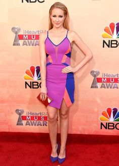 2015 iHeartRadio Music Awards Red Carpet Looks - Anna Camp from #InStyle