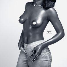 #cpixphotography #cpix_photography #nikon #nikond5300 Nude boobs black and white
