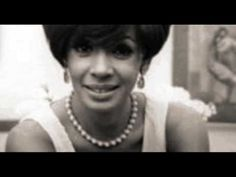 SHIRLEY BASSEY-THE WAY A WOMAN LOVES