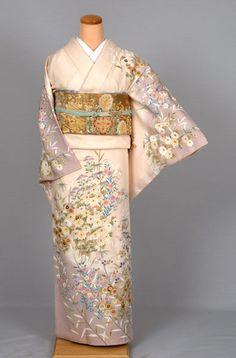 Japanese Textiles, Japanese Kimono, Edo Period, Kimono Fabric, Express Women, Yukata, Saris, My Favorite Color, Traditional Outfits