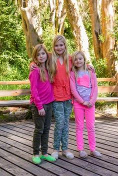 (C) Catherine Amalia, (in orange, and heir to the throne), and Princesses's Alexia and Ariane (R). Queen Maxima reiterates the custom to spend the Christmas holidays with her family, including her parents and siblings. Especially now that her father Jorge Zorreguieta has been diagnosed terminal cancer. The photos were taken in the historic Forest Arrayenes, next to Villa La Angostura