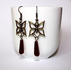 Boucles d'oreilles papillons et gouttes par MaelleandFanny sur Etsy, $12.00