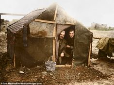 Black and white images of the dismal daily life on the First World War - the Battle of the Somme. were brought to life by colouriser expert Tom Marshall, from PhotographFix World War One, First World, Ww1 Battles, Ww1 Soldiers, Battle Of The Somme, British Soldier, British Army, British History, Ww1 History