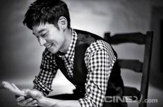 I just love this shot. Lee Je Hoon.