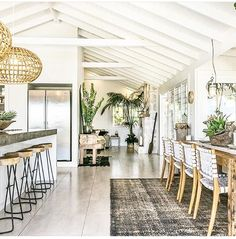 Plants add a pop of green to a bright airy sunlit room. Perfect space for cooking up a storm and entertaining guests