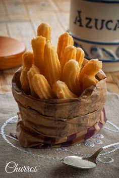 Mexican Food Recipes, Sweet Recipes, Snack Recipes, Dessert Recipes, Snacks, Spanish Desserts, Chilean Recipes, Puff Pastry Recipes, Pan Dulce