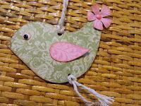 ptáček z papíru