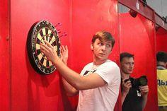 Darts in Russia Thanks Dmitry Venevitinov