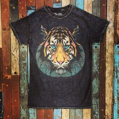 a8ed4975571 THE BEARHUG (COMPANY) LTDCLASSICS · MINERAL WASH - TIGER T-SHIRT Shirt  Colour