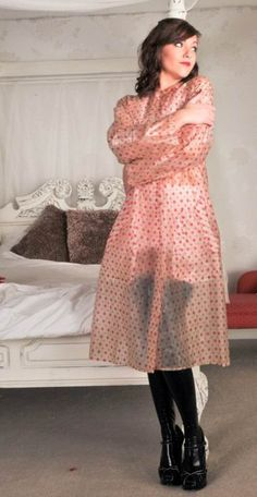 Janvier 2013 Clear Raincoat, Vinyl Raincoat, Pvc Raincoat, Raincoat Jacket, Plastic Raincoat, Rain Jacket, Pvc U Like, Video Hijab, Imper Pvc
