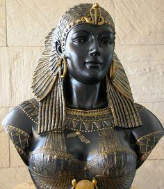 César y Cleopatra, o cómo perder la vida por una mujer. - http://bambinoides.com/cesar-y-cleopatra-o-como-perder-la-vida-por-una-mujer/