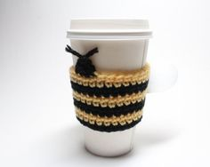 #bee #coffeecozy. Cute crochet for your drinks or travel mugs! Great as a #coffeesleeve or #cankoozie