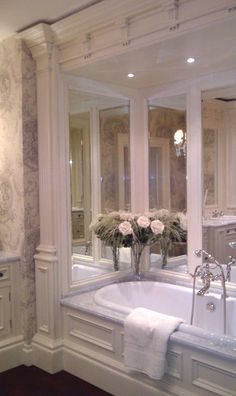 Clive Christian Kitchens and bath Showrooms Dream Bathrooms, Beautiful Bathrooms, Luxurious Bathrooms, White Bathrooms, Master Bathrooms, Bathroom Interior, Modern Bathroom, Minimalist Bathroom, Bathroom Green