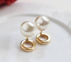 Front Back Earrings,Double Side Earrings, Ear Jacket Gold, Pearl Catch Clip,,Circle Gold Earrings,Stud Pearl Earrings,2ways Pearl Studs http://etsy.me/2iWrB8U