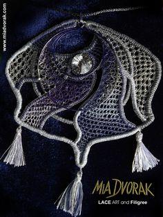"""Galaxy Blue"" - Mia Dvorak Bohemian needle lace, filigree of Filigranart, Swarovski Elements  - gioiello in merletto ad ago Boemo con filigrana policroma di Filigranart Capoligure e Swarovsky #bohemianneedlelace #merlettoadagoboemo #merlettoadago #miadvorak #sitakrajka #dentellealaiguille #dentelle #filigree #needlelace"