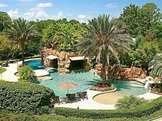 This really looks like a resort. Joey Fatone's Florida House