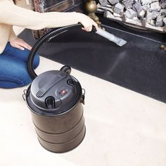 With its own built-in 800W motor the Electric ash Vac quickly and efficiently cleans ashes from fireplaces, wood and coal burning stoves, fire pits and barbecues. Double filtration (metal mesh filter cage and Hepa filter) protects the motor and cleans ash without clogging.