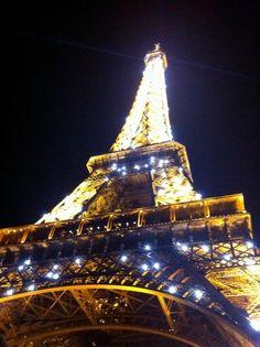 Paris (Eiffel Tower)