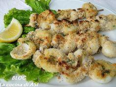 Questa semplicissima ricetta di spiedini con seppioline è buona per quanto semplice...in pochi minuti un piatto di pesce gustoso per tutta la famiglia! La cucina di ASI