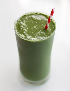 Green Goddess Smoothie - Have this as a meal replacement to slim down for summer!!