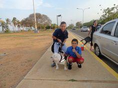 Capo de paseo con sus primos adriangel y Aron