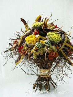 Artist: Radko Ivanov Chapov.   Wonderful textures and little surprises in this delightful bouquet.