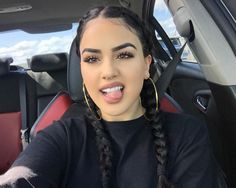baddie makeup – Hair and beauty tips, tricks and tutorials Sporty Hairstyles, Cool Braid Hairstyles, Baddie Hairstyles, Latina Hairstyles, Baddie Makeup, Hair Makeup, Beauty Make-up, Hair Beauty, Chola Girl