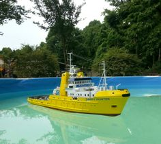 This is an RC scale model of the Dutch ocean-going salvage tug' the Happy Hunter that I originally made 30 years ago. Looks great for her age.