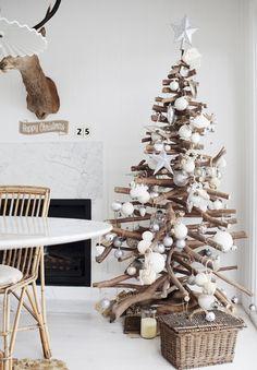 albero-natale-legno e bianco