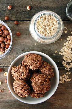 hazelnut oatmeal cookies