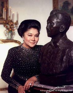 Imelda by Rupert Jacinto President Of The Philippines, Philippines Culture, Filipiniana, Ferdinand, Manila, Filipino, Asian Art, Trinidad, Style Icons