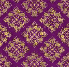 FLORAL MEDALLIONS IN GOLD METALLIC: Purple (1/2 Yd.)