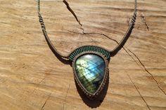 labradoride necklace,macrame necklace,macrame pendant,labradorite jewelry,macrame jewelry,cabochon pendant,gemstone necklace,boho jewelry by ARTEAMANOetsy on Etsy