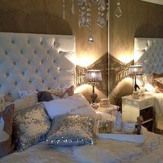♥ glam bedroom, home bedroom, master bedroom, bedroom decor, bedroom idea. Decoration Inspiration, Room Inspiration, Decor Ideas, Decora Home, Home Bedroom, Bedroom Decor, Glam Bedroom, Bedroom Ideas, Master Bedroom