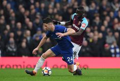 Is Gary Cahill on his way out of the club? Maurizio Sarri has discussed Gary Cahill's future at Chelsea today after he suggested that he wanted to leave Chelsea Players, Chelsea Fans, Chelsea Football, Gary Cahill, 2022 Fifa World Cup, Maurizio Sarri, World Sports News, Borussia Dortmund