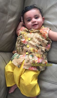 65 ideas baby twins boy and girl outfits kids fashion Mom And Son Outfits, Twin Outfits, Baby Boy Outfits, Kids Outfits, Kids Party Wear Dresses, Kids Dress Wear, Kids Wear, Kids Indian Wear, Kids Ethnic Wear