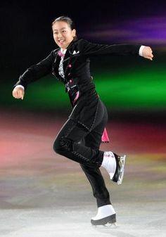 【写真】浅田真央 新エキシビでコミカル演技/スポーツ/デイリースポーツ online