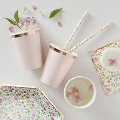 Party Cups Rose Gold and Pink Polka Dot Ginger Ray Paper Cup Rose Gold Decor Bridal Shower Cups Baby Décoration Rose Gold, Rose Gold Candle, Rose Gold Paper, Gold Candles, Rose Gold Foil, Pink Paper, Rose Gold Lights, Party Napkins, Party Plates