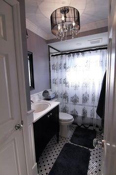 Vickiann's Bold Black & White Victorian-Inspired Bathroom Remodel — Renovation Project (via Bloglovin.com )