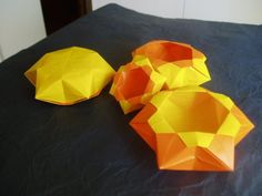 """Origami 6 pointed bowl. Video here: http://www.pinterest.com/pin/245024035951769427/ There are diagrams for a """"Star Dish"""" folded the same but with a different lock at the top, designed by Francis Ow, in Nick Robinson's book """"The Origami Bible."""""""