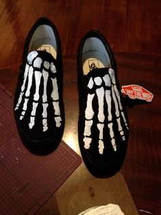 Hey, I found this really awesome Etsy listing at https://www.etsy.com/listing/183275908/custom-painted-skeleton-black-vans-shoes